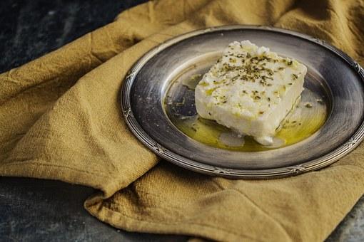 リコッタチーズのオリーブオイルがけ