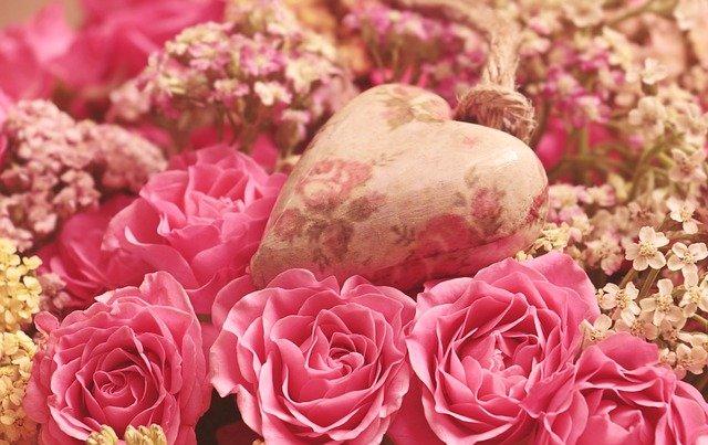 花とハートのポプリ